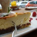 Ņujorkas siera kūka un diena aiz UMAMI logiem