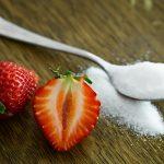 Desmit būtiski iemesli, kāpēc lietot mazāk cukura