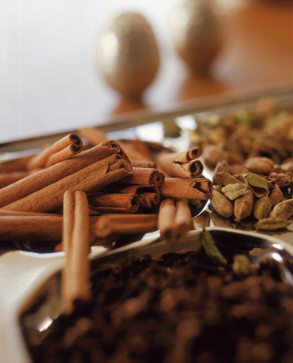 Kanēļmaizīšu smarža sākas Indonēzijā un citviet pasaulē