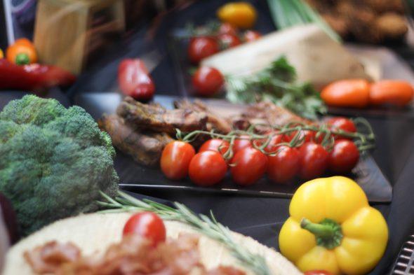 Pirmajā ceturksnī būtiski pieaugušas pārtikas produktu cenas