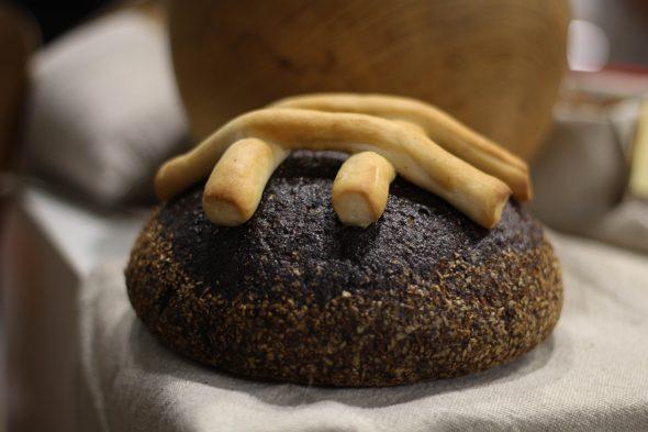 Ciemos pie rudzu maizes cepējiem