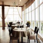 Romantiskas trīs kārtu vakariņas var noslēgties arī ar bildinājumu